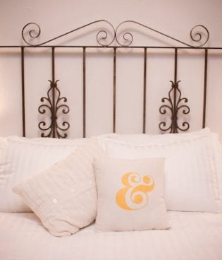 diy ampersand throw pillow thumbnail