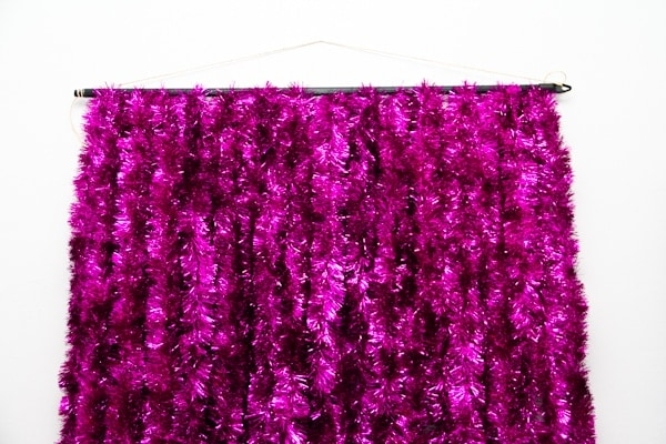 DIY photobooth backdrop tinsel hot pink cheap easy