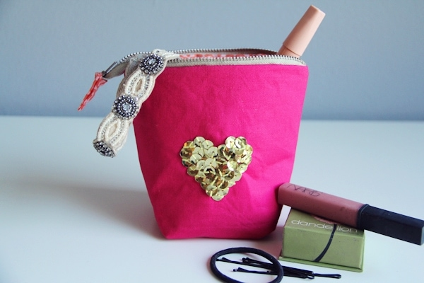 DIY Zipper Pouch