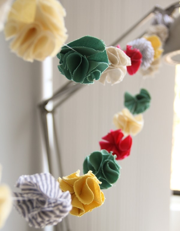 DIY Fabric Pompom Garland
