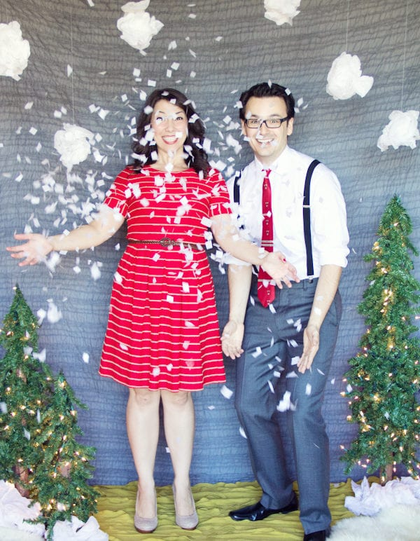 DIY Holiday Photo Backdrop thumbnail