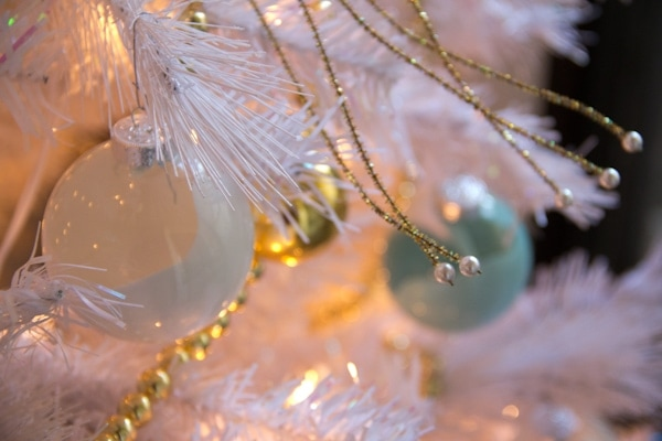 DIY Paint Swirl Ornaments