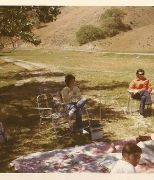 Family Photos // Easter Picnic, 1971 thumbnail