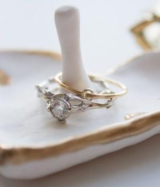 Make and Give // DIY Gilded Heart Ring Dish thumbnail