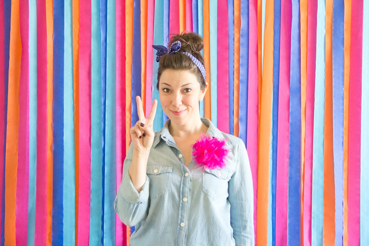 How to make a photo backdrop out of streamers
