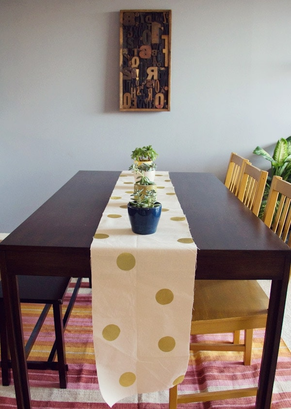 DIY Polka Dot Table Cloth