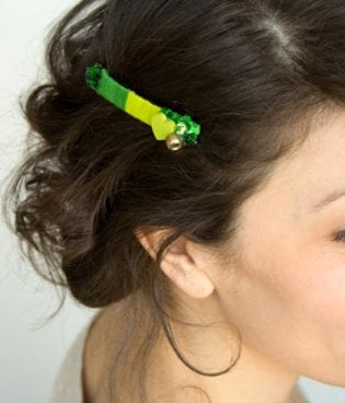 DIY Don't-Pinch-Me Barrette thumbnail