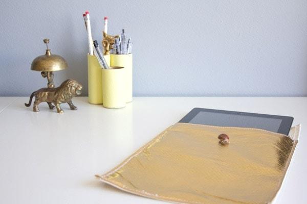 DIY Faux Leather iPad Sleeve