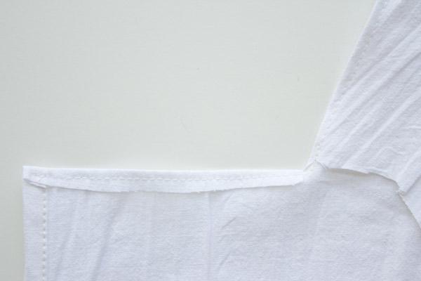 making a DIY apron