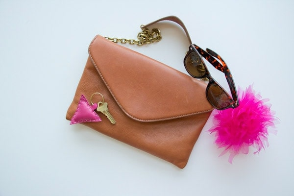DIY-leather-shape-keychain1