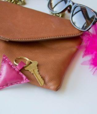 DIY Leather Shape Keychains thumbnail