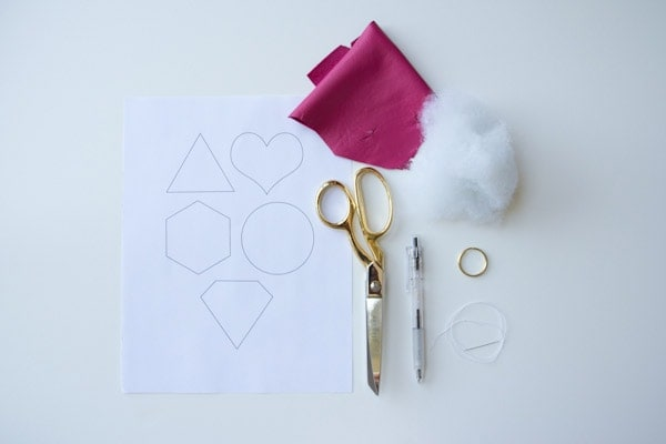DIY-leather-shape-keychain3