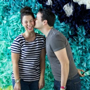 How to Make a Tissue Paper Photo Backdrop for Parties thumbnail