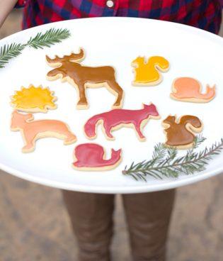 Family Recipes // Merry Christmas Cookies thumbnail