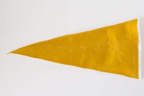 pennant-pillow4