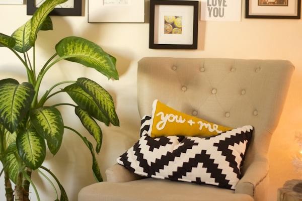 pennant-pillow9