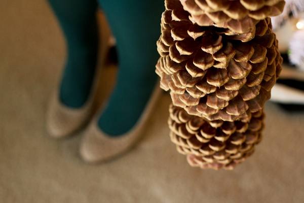 pinecone-garland10