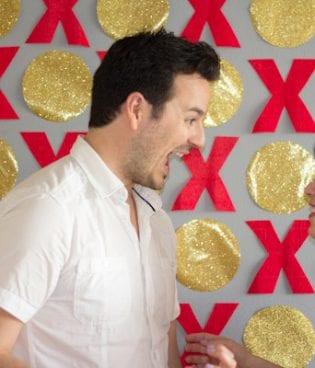 DIY XO Valentine's Day Photobooth Backdrop thumbnail