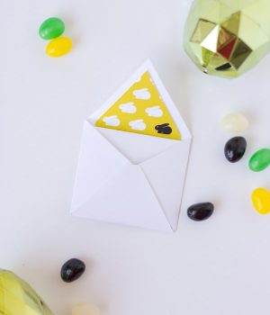 DIY Easter Mini Cards thumbnail