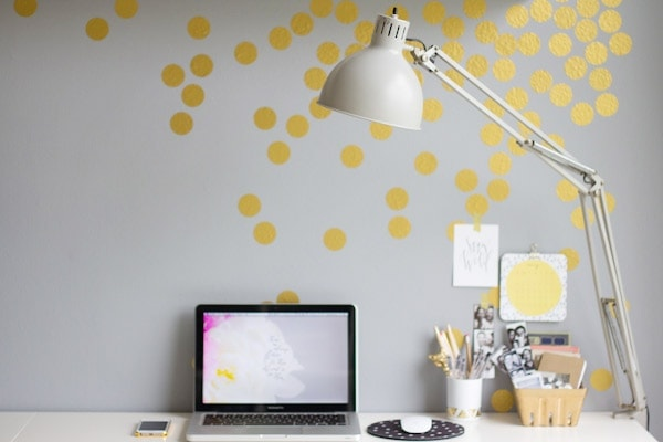 DIY Gold Confetti Wall