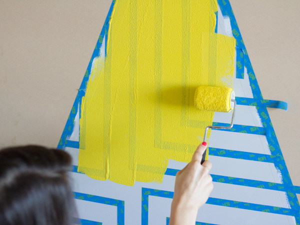 DIY Painted Plywood Christmas Tree