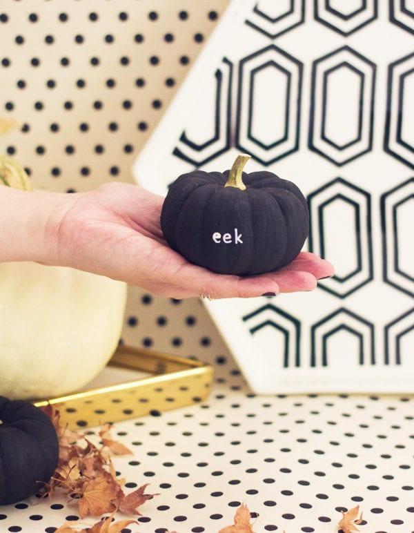 DIY Tiny Message Pumpkins thumbnail