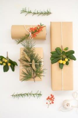 DIY Botanical Gift Wrap
