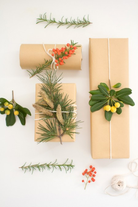 DIY Botanical Gift Wrap