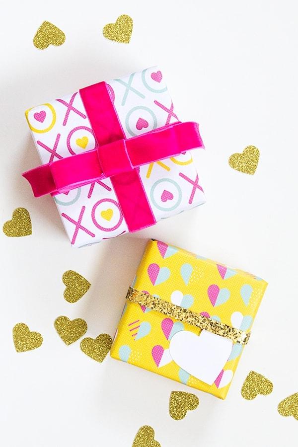 Printable Valentine's Day Gift Wrap