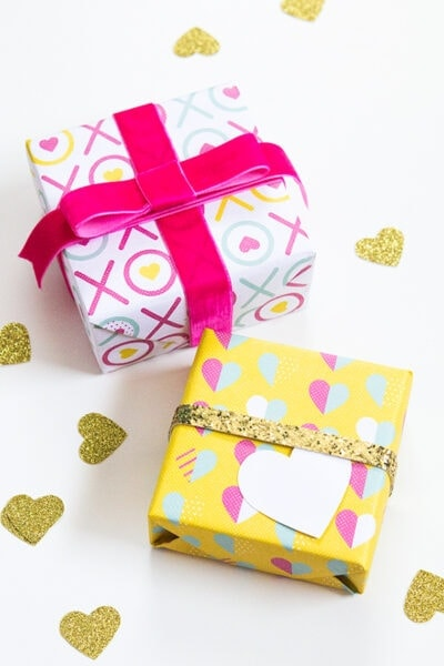 Printable Valentine's Day Gift Wrap
