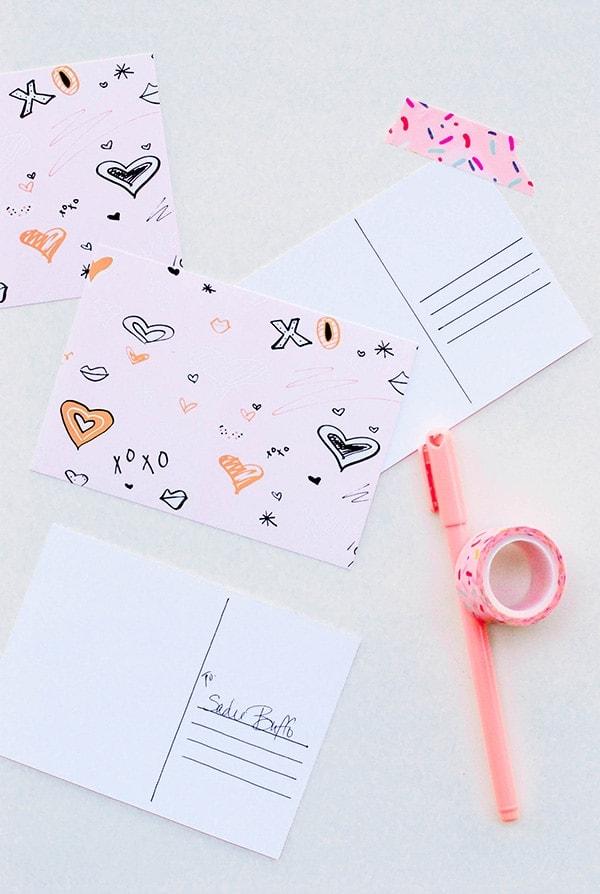 xoxo Wallpaper and Printable Postcard