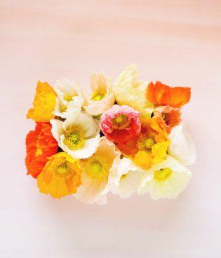 DIY Easter Egg Floral Centerpiece thumbnail