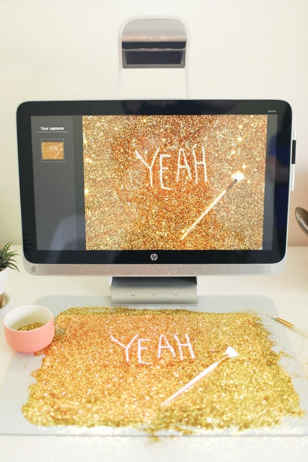 Yeah Glitter Desktop Wallpaper