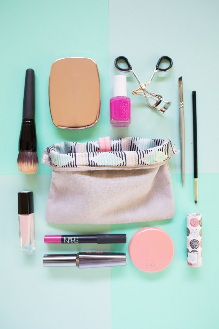 DIY Organized Makeup Bag