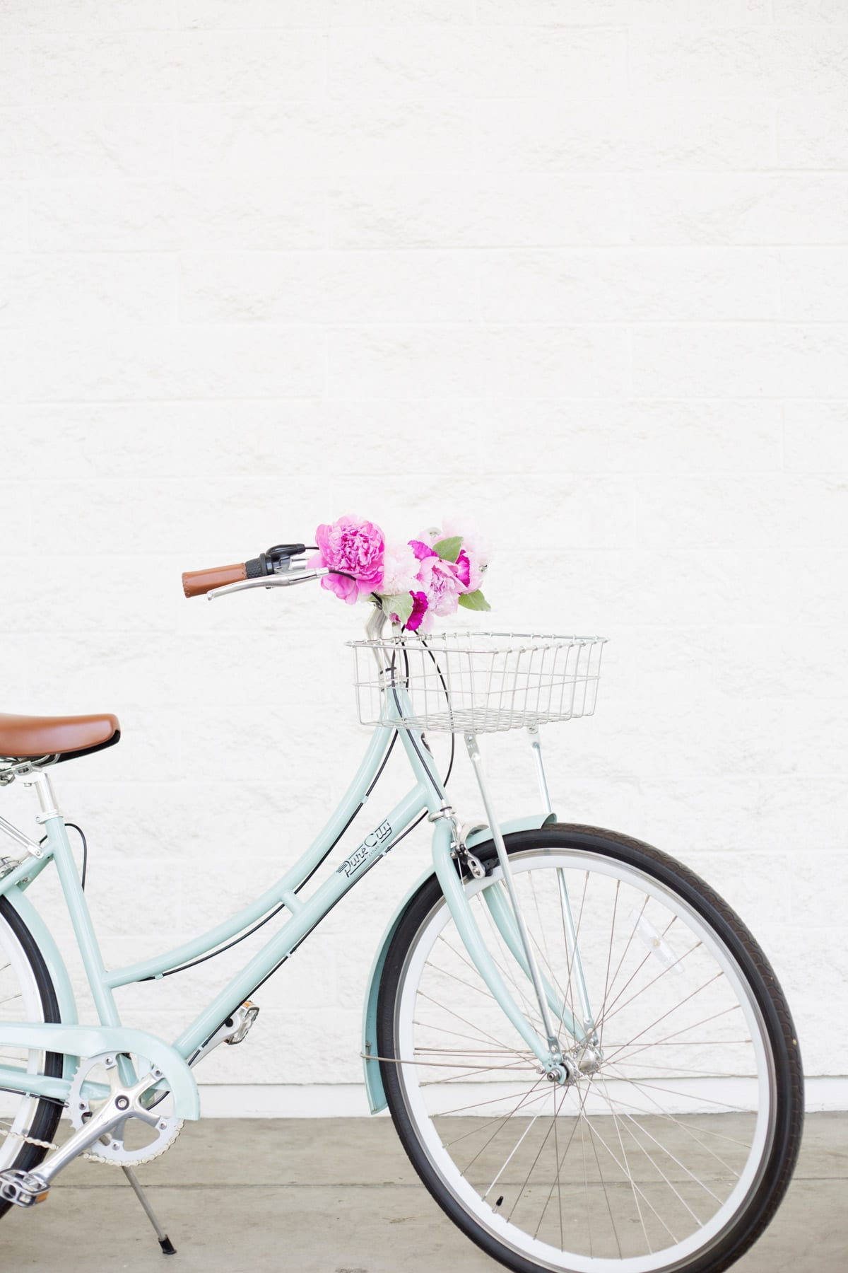 DIY Floral Bicycle Handlebars | Lovely Indeed
