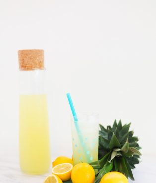 Fresh Pineapple Lemonade thumbnail