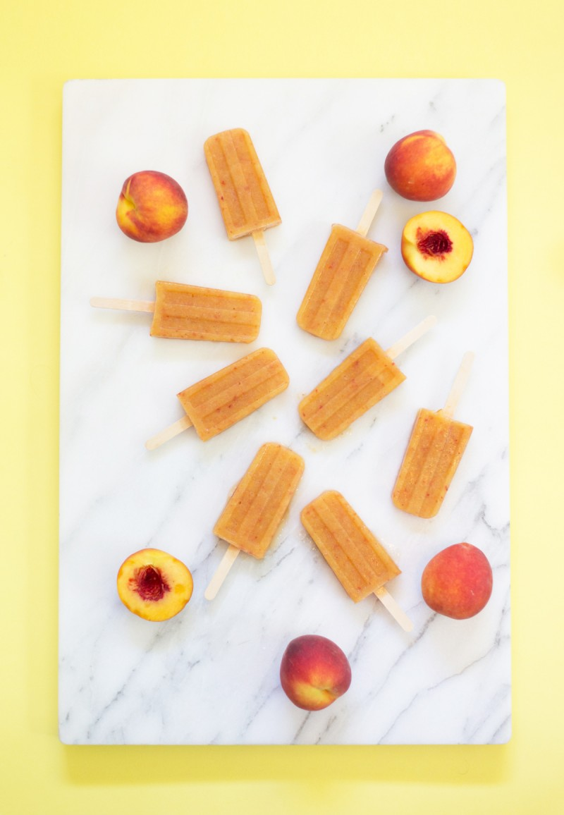 Boozy Peach Punch Pops