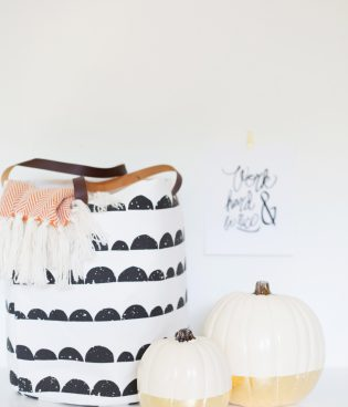 DIY Gold Leaf Dipped Pumpkins for Fall thumbnail