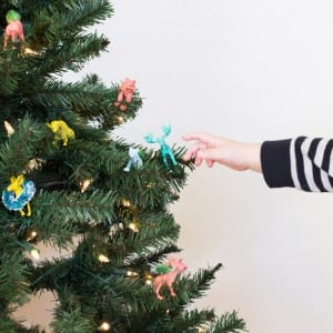 DIY Festive Animals for a Kid's Christmas Tree thumbnail
