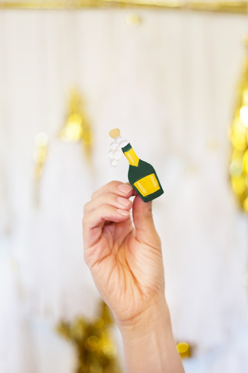 DIY Champagne Emoji New Year's Pin | Lovely Indeed