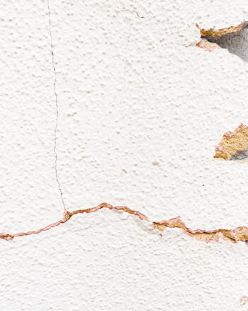 Cracks in Stucco