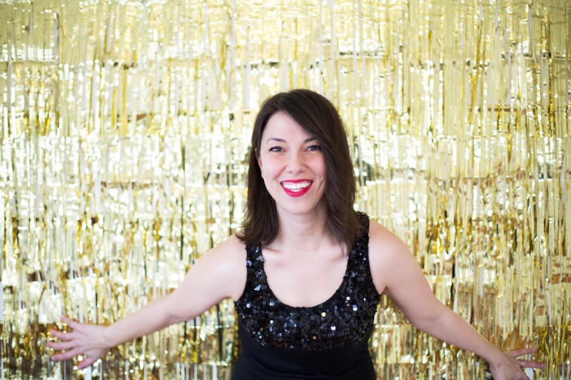 How to Make a Gold Photo Backdrop