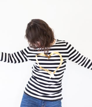 DIY Gold Iron On Foil Heart Shirt thumbnail