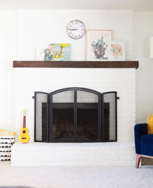 How to Paint a Brick Fireplace White thumbnail