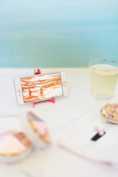 How to Make an Acrylic Phone Stand