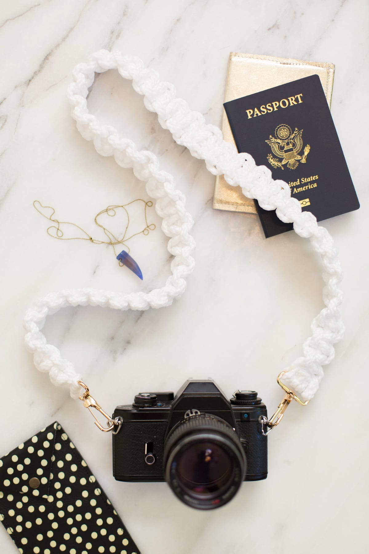 DIY Macrame Camera Strap | Lovely Indeed