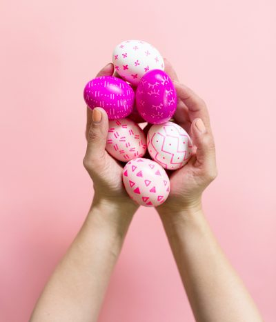 DIY Paint Pen Patterned Easter Eggs thumbnail