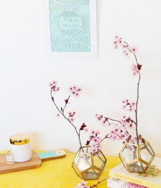 A Super-Quick Spring Decor Idea thumbnail