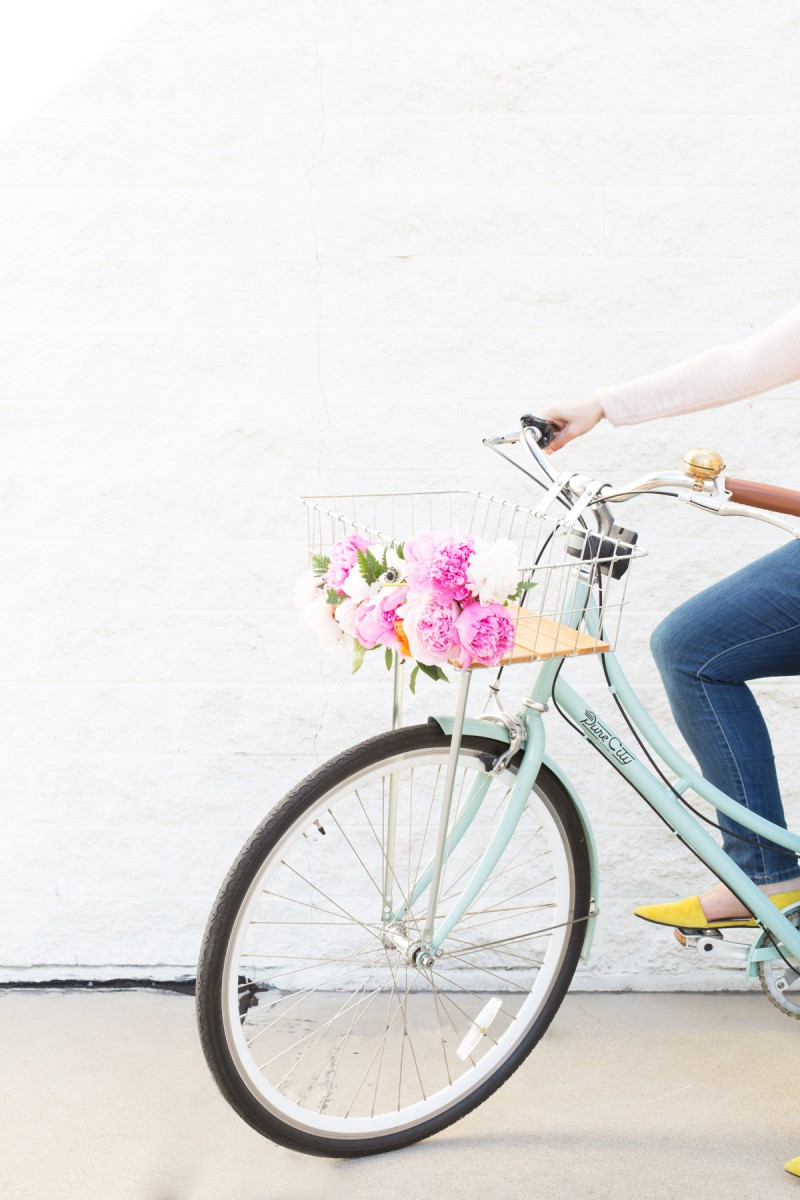 DIY Floral Bike Basket | Lovely Indeed