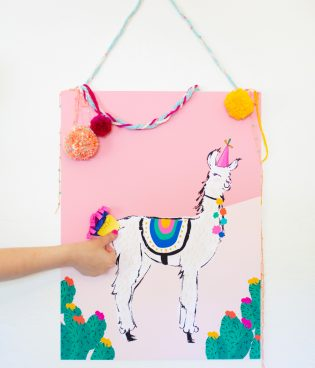 Pin the Tail on the Llama Game for Cinco de Mayo thumbnail
